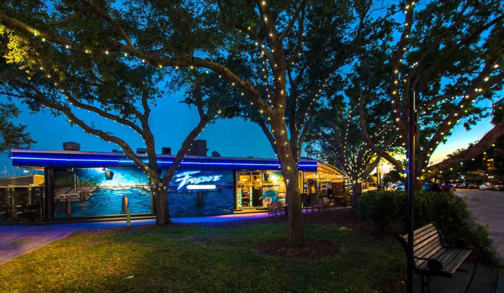 Featured Image for Fresco's: An Unforgettable Waterfront Dining ExPIERience
