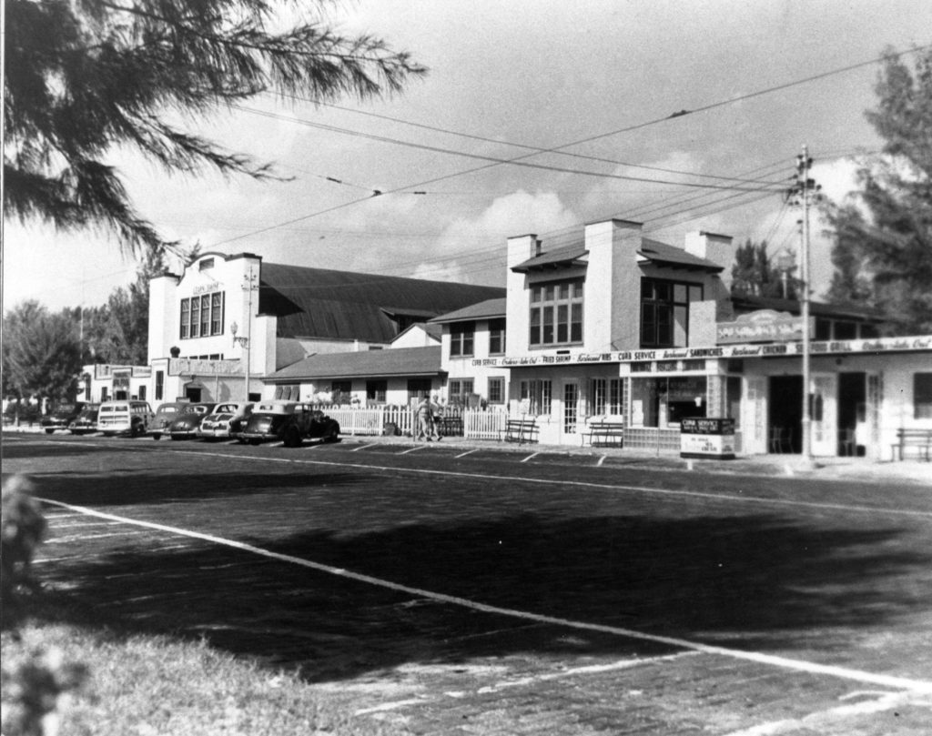 old black and white photo of buildings